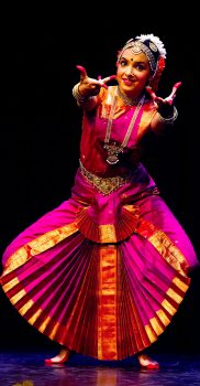 Sharmila Rao in Ragamalike Varnam, photo by J. Oehy
