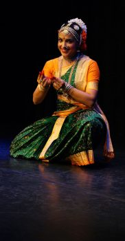 "Sharmila Rao in ""Pogadirelo Ranga"", Purandara Dasa Pada, photo by A. Tönz"