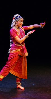 "Sharmila Rao in ""Arige Vadhuvade"", Purandara Dasa Pada, photo by A. Tönz"